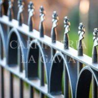 Vallas de paneles perforados privacidad y seguridad